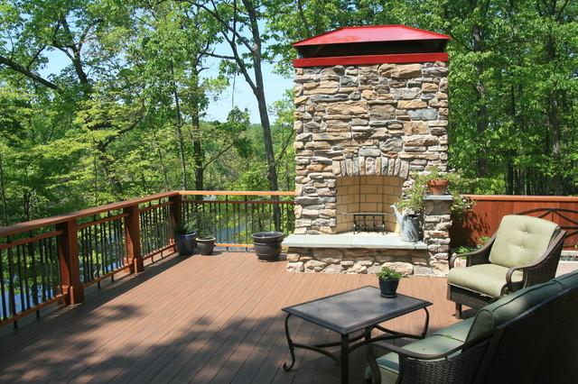 Ehrlich Residence rustic-deck