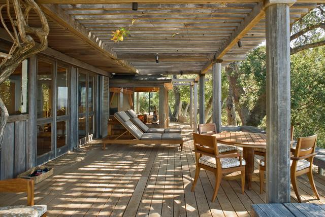 Big sur cabin rustic deck san francisco by studio for Rustic covered decks