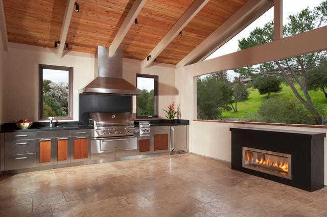 Saratoga - Traditional - Deck - San Francisco - by Timeline Design + Build