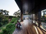 modern deck Houzz Tour: Australian Home a Gold Mine of Unconventional Ideas (18 photos)