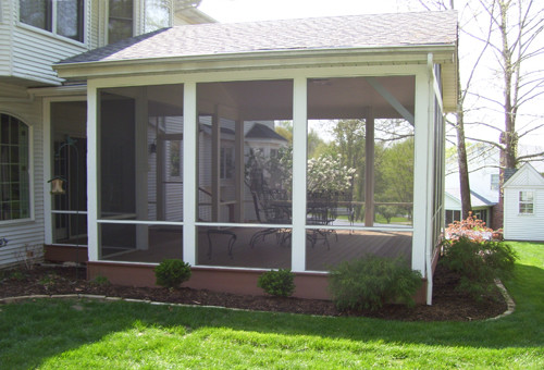 Screen rooms and features traditional deck st louis for Detached screened porch