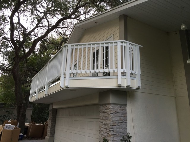 Second floor exterior balcony new port richey for Balcony 2nd floor