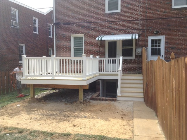 Small 12x12 Deck With Walkway Above Basement Stairs