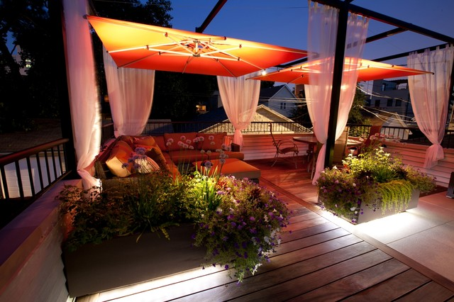 Small chicago garage rooftop modern deck chicago by chicago green design inc - Houses garage deck rooftop party ...