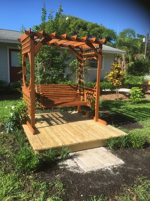 Beau Small Garden Projects   Tropical   Deck   Miami   By David ...