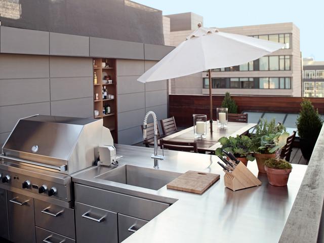 Elegant Example Of A Minimalist Patio Kitchen Design In New York