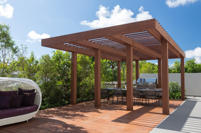 South Miami Townhouse Contemporary Deck By