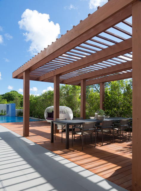 South Miami Townhouse contemporary-deck