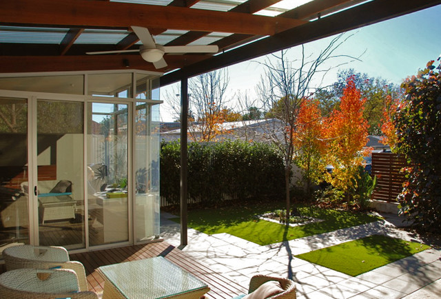 Stepney courtyard modern deck adelaide by for Courtyard landscaping adelaide