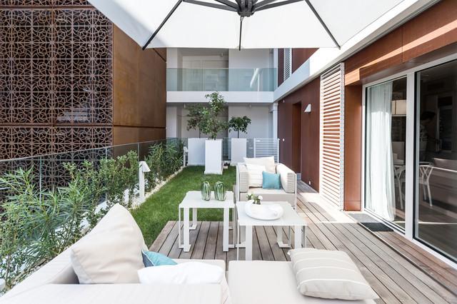 Summer residence in Monaco - Contemporaneo - Terrazza - Altro - di ...