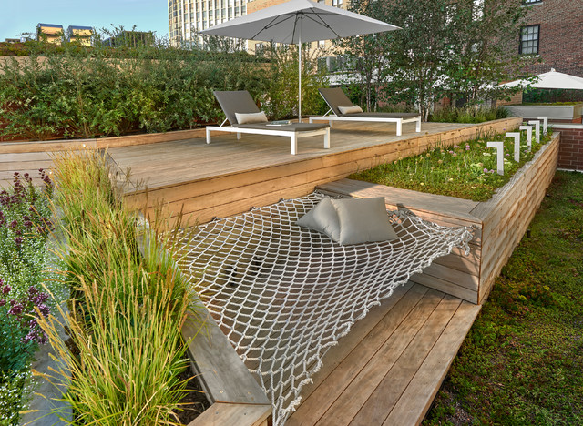 Sun Deck with Built-in Hammock contemporary-deck - Sun Deck With Built-in Hammock - Contemporary - Deck - Chicago