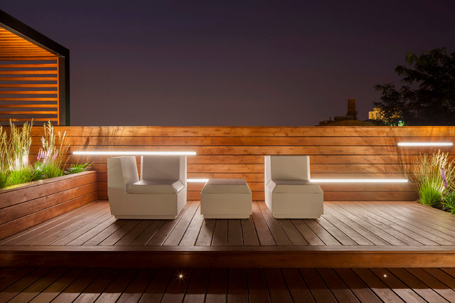 Sundeck Transforms Into Evening Entertainment Modern