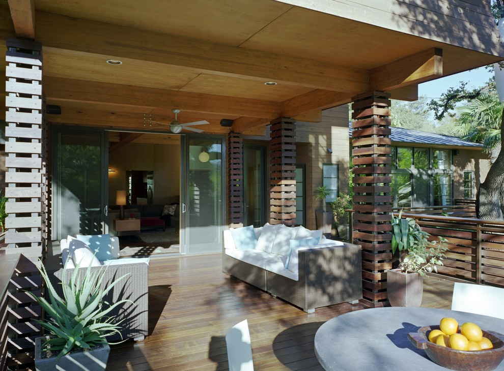 Inspiration for a deck remodel in Austin