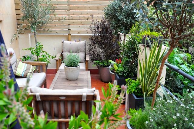 Terrassa guinard eclectic deck barcelona by for Jardineria barcelona