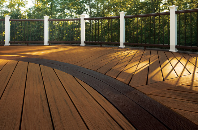 The Chantilly Traditional Deck Dc Metro By