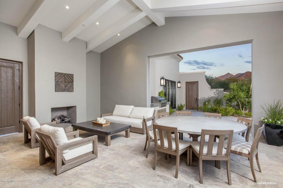Deck - contemporary deck idea in Phoenix