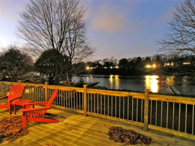Thornapple River - Modern Cottage traditional-deck