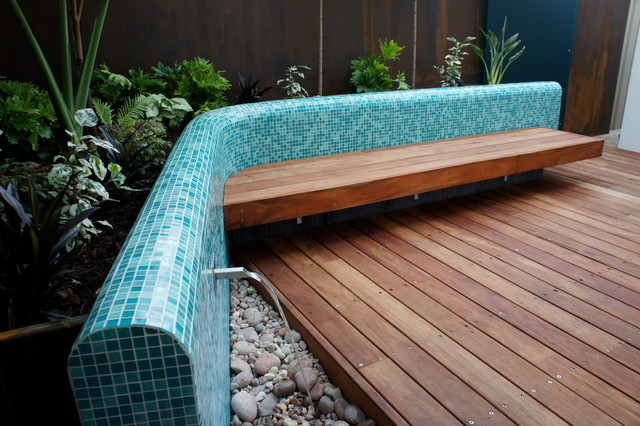 Tiny perth courtyard contemporary deck other metro for Courtyard landscaping perth