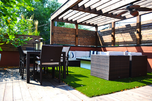 Traditional Garage Roof Deck