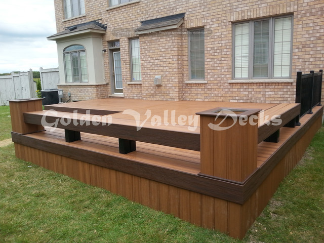 Trex Ticki Torch Deck With Bench And Flower Box