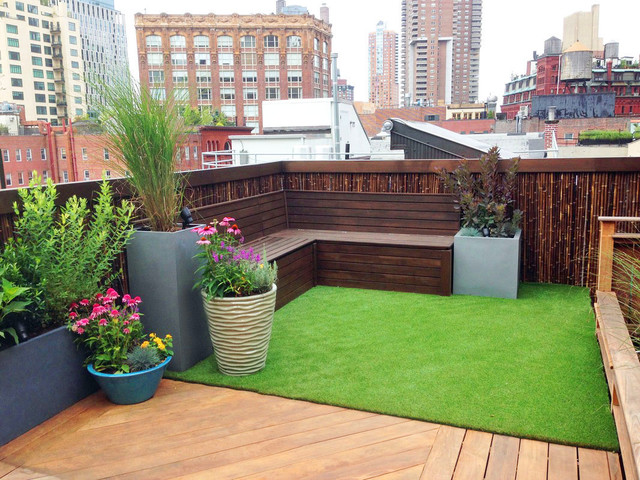 TriBeCa Rooftop Garden Bamboo Fence Artificial Turf