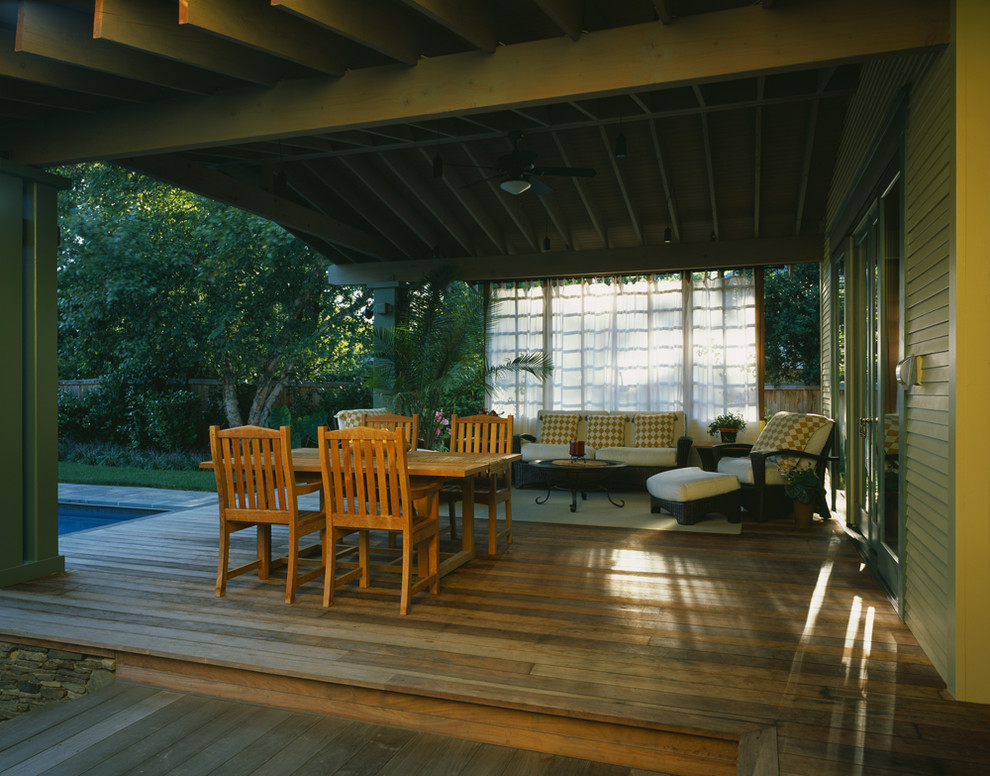 Example of an arts and crafts deck design in DC Metro
