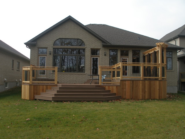 Two Tiered Composite Deck And Privacy Wall Craftsman