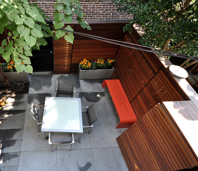 Urban Retreat contemporary-deck