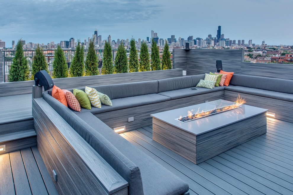 Deck - large contemporary rooftop rooftop deck idea in Chicago with a fire pit and no cover