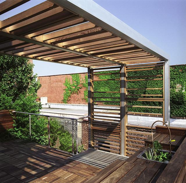Urban trellis roof deck modern terrace balcony for Roof terrace definition