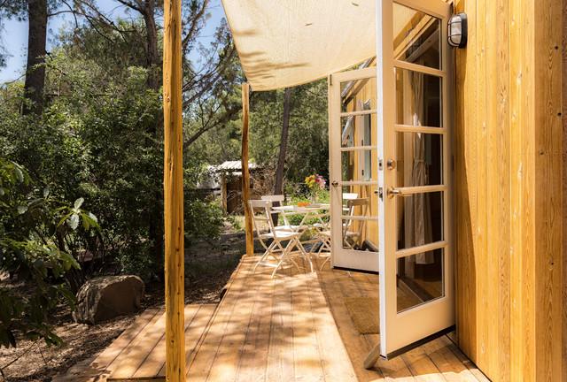 Vina's Tiny House contemporary-deck