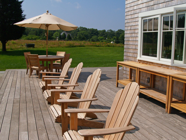 West Tisbury House traditional-deck