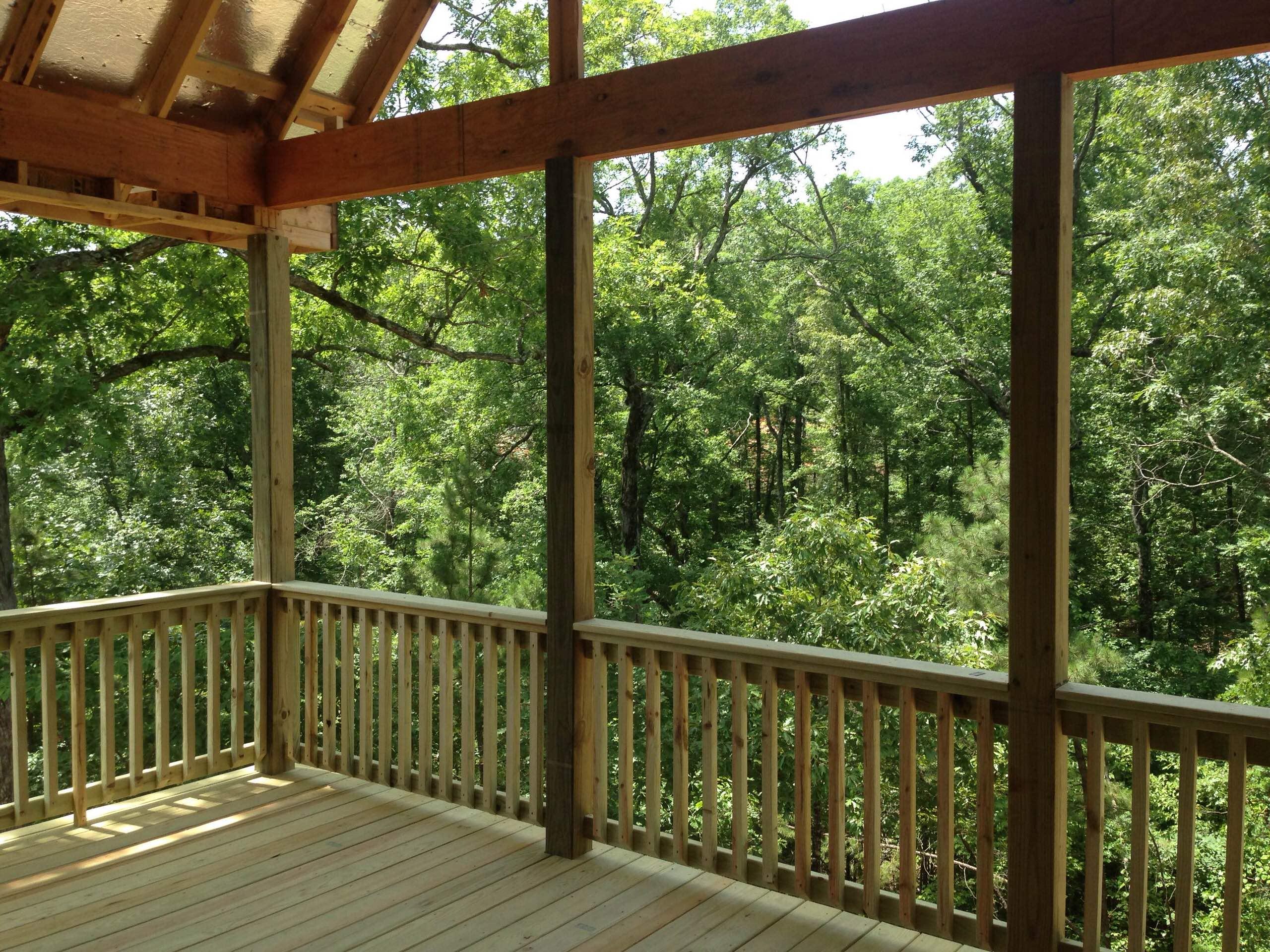 Woodland's Edge: Overcreek Pass in Little Rock, Ark