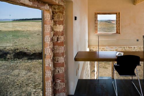 interior del pajar reformado por Jesus Castillo en diariodesign una de las mejores viviendas segun wallpaepr