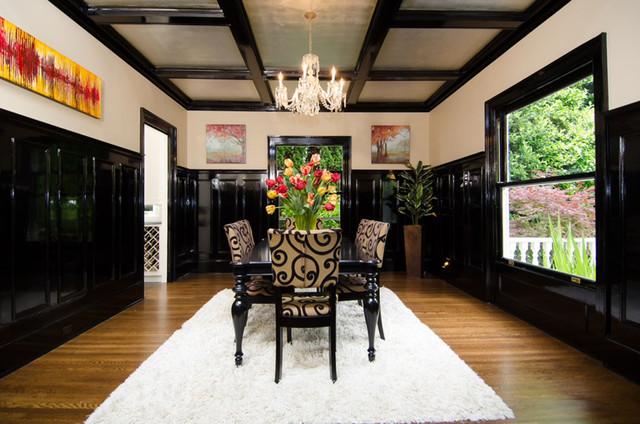 13. Portland, Oregon Historical Colonial circa 1900 traditional-dining-room
