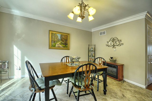 136 Old Schoolhouse Lane traditional-dining-room