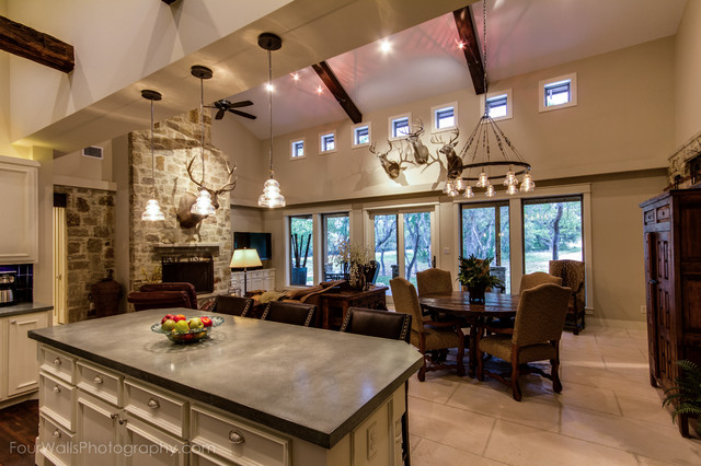 1425 trebled waters trail driftwood tx modern for Texas hill country design
