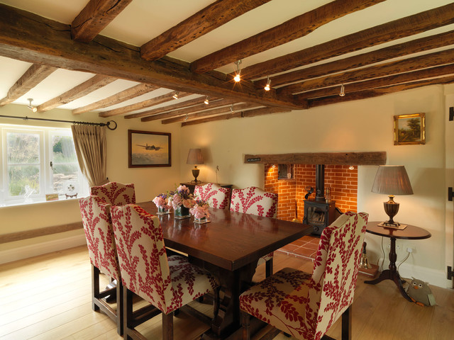 Th Century Cottage Interior Design