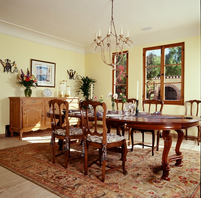 1920 S Italian Villa Lemon Heightstraditional Dining Room Orange County