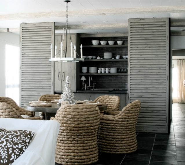 20 Seaside Avenue beach-style-dining-room