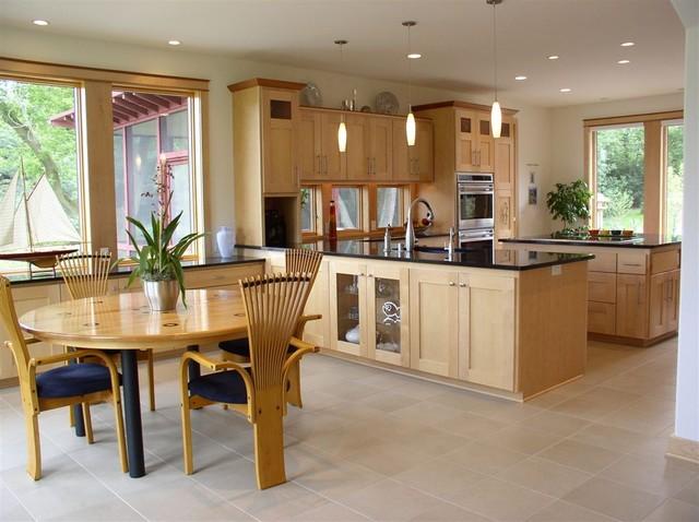 2005 U0027Milwaukee Home And Fine Livingu0027 Best Custom Home Award  Contemporary Dining