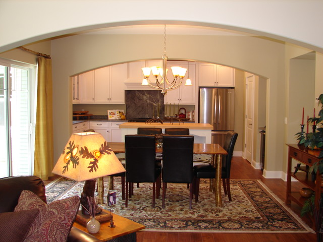 2012 Showcase of Homes traditional-dining-room
