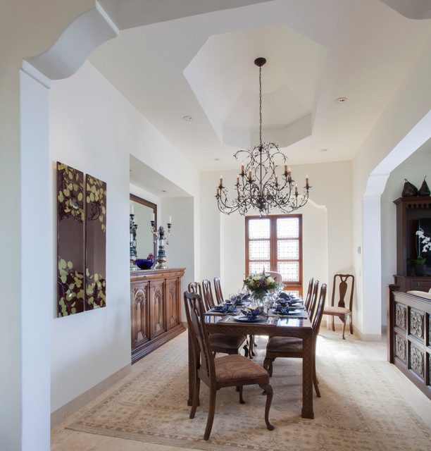 Mediterranean Style Dining Room Sets: 2016 Spanish Revival