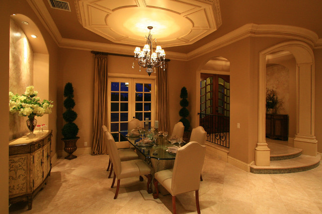 47 Bellaria traditional-dining-room