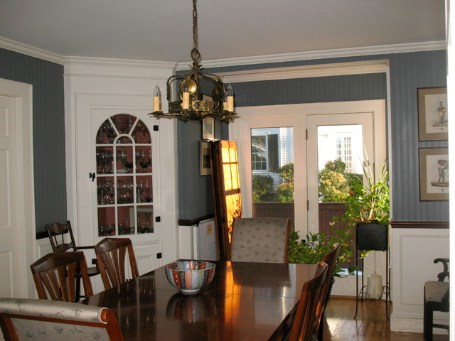 Delightful 5 Light Arts U0026 Crafts Chandelier Circa 1920   Traditional Dining Room