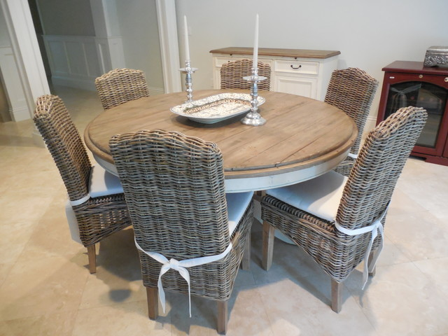 "60"" DINING TABLE WITH GREY WICKER CHAIRS"