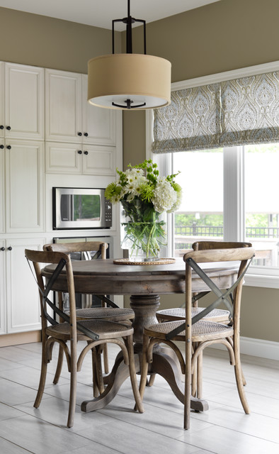 A Clear Bay View beach-style-dining-room