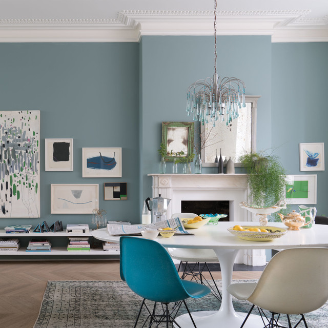a dining room painted in oval room blue by farrow ball transitional dining room. Black Bedroom Furniture Sets. Home Design Ideas