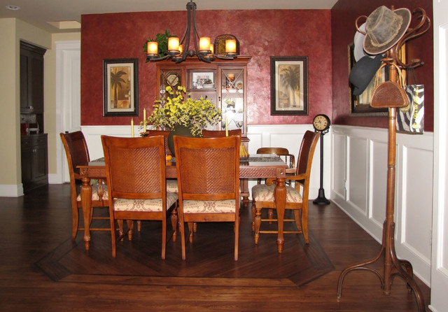 Example of a transitional dining room design in Los Angeles