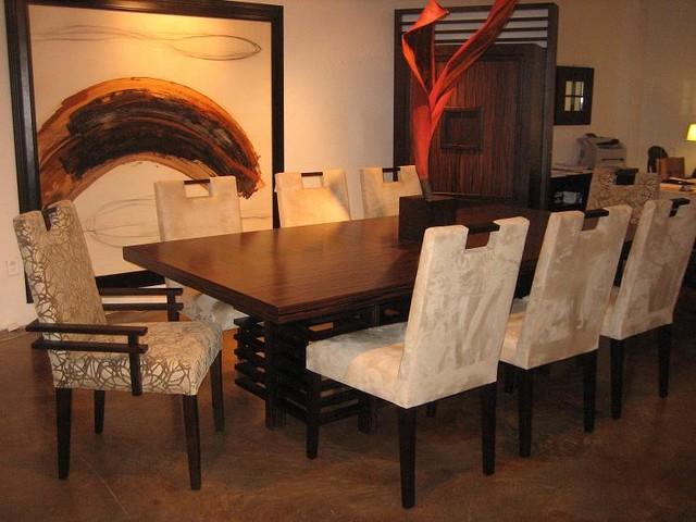 Adriana Hoyos Modern Dining Room